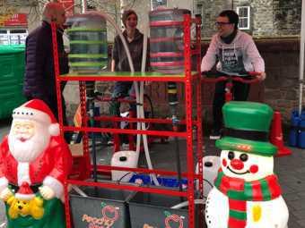Human Powered Christmas Decorations